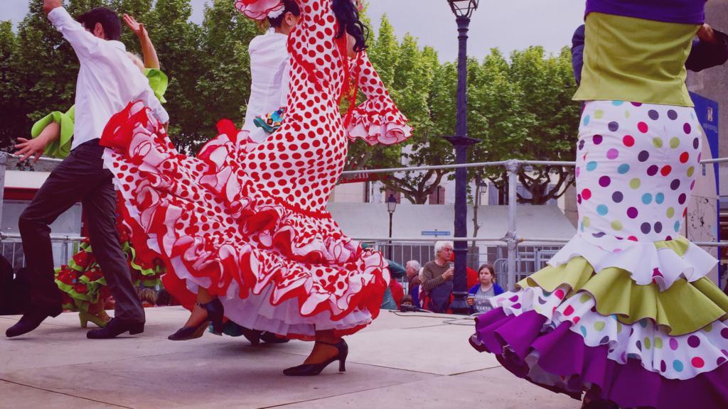 Crecen Las Ventas De Trajes De Flamenca De Segunda Mano Milanuncios